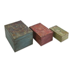 "IMAX - Circus Boxes - Set of 3 - Featuring vintage circus poster transfers, this set of three lidded boxes make excellent storage containers for table, desk or vanity tops. Item Dimensions: (2.75-4.25-5.75""h x 4-5.75-7""w x 6.75-8-9.5"")"