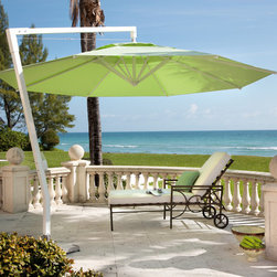 Cantilevered patio umbrella Amalfi - The Amalfi pendulum cantilever has a powerful arm that lifts its shade high above any outdoor dining table or seating area. The smooth-running winch, with detachable stainless steel crank, opens Amalfi in the twinkling of an eye. The auto-locking winch holds the stainless steel cable at every position. The optional available stainless steel foot with pedal to unlock makes it very easy to rotate the parasol 360°.
