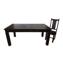 Reclaimed Rosewood 6 person Dining Table, Dark Brown, 6 Pers - A rustic yet simple reclaimed rosewood dining table comfortable seats 6. This table is built entirely of reclaimed indian rosewood. The lumber used make this table very solid and sturdy for a lifetime of use and enjoyment.