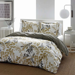 City Scene - City Scene Sassafras Reversible 3-piece Comforter Set - The City scene sassafras 100-percent cotton reversible comforter set with floral pattern will bring a charming modern look into your bedroom. The set is available in twin,full/queen or king/california king dimensions.