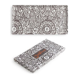 Rosanna - Casablanca Rectangle Tray By Rosanna - Showcase a hearty fall meal or harvest celebration with the soulful Moroccan woodblock prints of Casablanca.