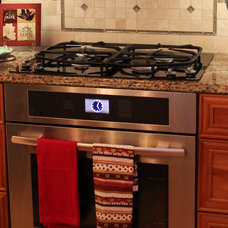 Traditional Kitchen Pershing Drive