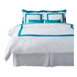LaCozi - LaCozi Turquoise/White Duvet Cover Set - Dress your bed in 1,100-thread count linens and you'll slumber like a royal. This delicious duvet set, sewn of 100 percent cotton satin, is simply styled and comes in a variety of accent colors to suit any decor.