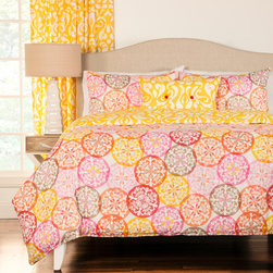 SIScovers - Olivia 4-piece Reversable Duvet Cover Set - Brighten up your bedroom with the help of this all-polyester four-piece duvet cover set. This beautiful set features a lively circular medallion pattern in cheery shades of pink,yellow,and orange. It's machine washable for easy care.