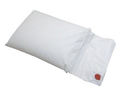 Hudson Indsustries - Science of Sleep Therapeutic Water Pillow - A gentle slope and larger surface area allows for a comfortable night's sleep. Helps prevent acid reflux, upper respiratory distress, snoring, sinus irritation, heartburn and sleep apnea.