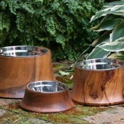 Acacia Natural Dog Bowls - These bowls have a beautiful organic look with the acacia wood surround. It's a great way to have a beautiful bowl as opposed to the metal clinkers on my floor.