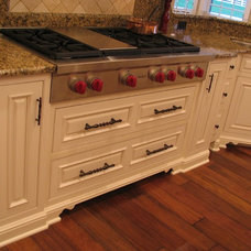 Traditional  by Santa's Kitchen & Home Furnishings