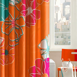 Madison Park - Madison Park Valencia Cotton Shower Curtain with Hooks - Turn you bathroom into a fun and colorful place with this cotton shower curtain. It features a bright and engaging pattern to add color and vibrancy to your bath,and it comes with a set of hooks so you won't need to waste much time putting it up.