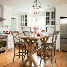 beach style kitchen by TerraCotta Properties