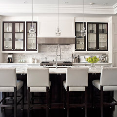 carrera-marble-backsplash-kitchen.png