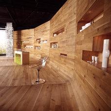 Modern  by Todd Davis Architecture