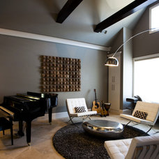 Modern Family Room by ELEMENT360 Design