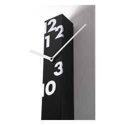 Progetti - Iltempostringe 1605 Black Vertical Wall Clock - Wall clock made in painted wood. Battery quartz movement.