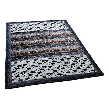 Blancho Bedding - Onitiva - [Tasteful Life -B] Patchwork Throw Blanket (86.6 by 63 inches) - This animal skin patchwork throw blanket measures 86.6 by 63 inches with 22.5 oz filling. Comfort, warmth and stylish designs.