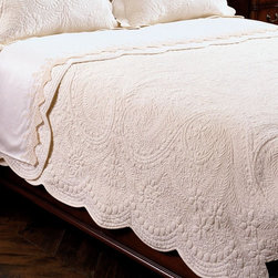 Timeless quilt - The timeless quilt truly lives up to its name...timeless!  This soft, cozy bedding is a neutral in color and will work well in the traditional or cottage style bedroom.