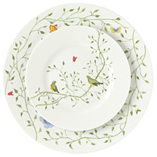 Dinner Plates by Gracious Style