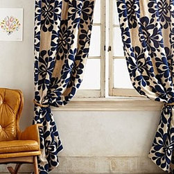 "Anthropologie - Coqo Floral Curtain - Tunnel loop constructionLinen, nylonMachine wash50""WImported"