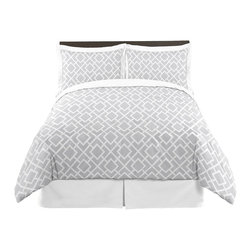 Sweet Jojo Designs - Diamond Gray & White 4-Piece Twin Bedding Set by Sweet Jojo Designs - The Diamond Gray & White 4-Piece Twin Bedding Set by Sweet Jojo Designs, along with the  bedding accessories.