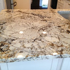 Kraftmaid-Deveron-Dove White w/Sensa Caroline Summer Granite