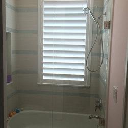 Regency/Wellington - Poly Shutter in kids shower. Stephen Watson