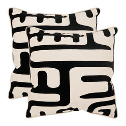 Safavieh - Safavieh Maize 20-inch Ivory/ Black Decorative Pillows (Set of 2) - An abstract modern art interpretation of African kuba cloth,this bold and oversized black and cream design is crafted of organic linen and cotton blend.