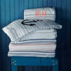 Modern Towels by West Elm
