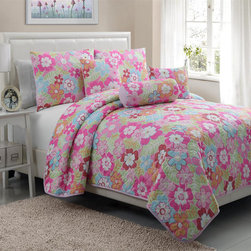 Victoria Classics - Cali 5-piece Quilt Set - Brighten up your bedroom with this lovely floral quilt set, which includes a quilt, two standard shams, and three decorative pillows, made of comfortable polyester. This multicolored design is excellent for your child's room or even for a guest room.