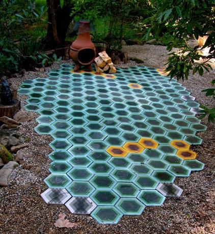 Modern Indoor Pots And Planters by Kismet Tile