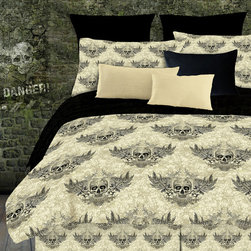 Grand Luxe - Street Revival Winged Skull Twin-size 6-Piece Bed in a Bag with Sheet Set - The winged skull twin-size bed in a bag is perfect for those who enjoy skull patterns. This set comes with a comforter,pillow case,bedskirt,flat and fitted sheet,and a sham. It is made of one hundred percent polyester and is machine washable.