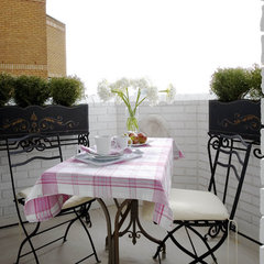 eclectic patio by Celia James