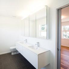 Modern Bathroom by ETCHBUILT