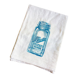 The Coin Laundry - Mason Jar Kitchen Towel - Adorable peacock blue mason jar on a white flour sack towel. This awesome lint-free 100% cotton towel is a great way to save on paper towel waste. From cleaning windows, to countertops to covering your dough while it rises, these babies do it all! Printed with earth friendly water based inks and solvents.