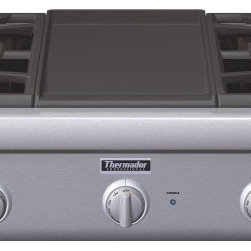 Thermador - 36 inch Professional Series Rangetop PCG364GD - New 36-inch Professional Series Rangetops give you the convenience of our fourth-generation pedestal Star® Burners for the highest standard in performance and convenience.