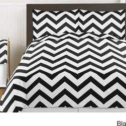 Sweet Jojo Designs - Sweet Jojo Designs Chevron Zigzag 3-piece Childrens Bedding Set - The Chevron 3-piece bedding collection will create instant zest to any bedroom. Constructed of brushed microfiber, this set boasts a large chevron print available in your choice of black/white, grey/white, pink/white or turquoise/white.