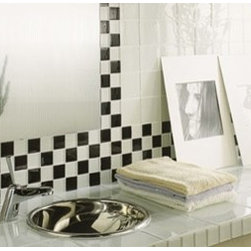 Black and White Glass - This is a black and white classic looking backsplash.