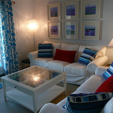 Beach Style Living Room by Jennifer Hulse Design