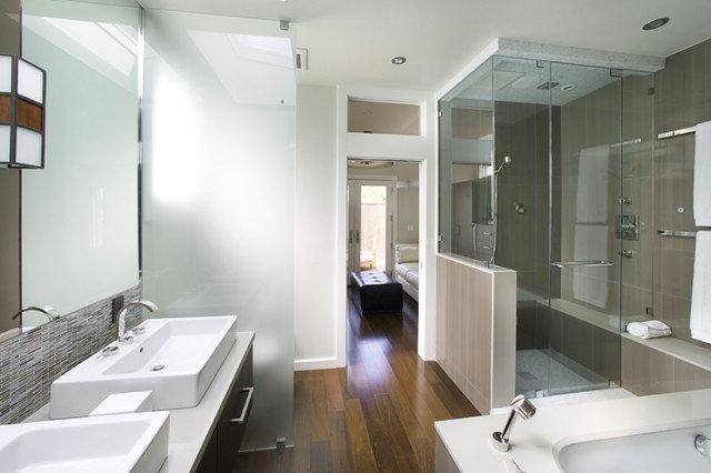 Modern Bathroom by Feldman Architecture, Inc.