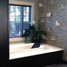Traditional Bathroom by Holzman Interiors, Inc.