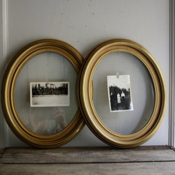 Vintage Oval Picture Frames by Little Byrd Vintage - Yeah, these two gold frames would look perfect as part of a gallery wall.