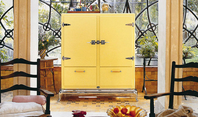 Traditional Refrigerators by Robeys