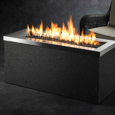 Modern Fire Pits by The Outdoor GreatRoom Company