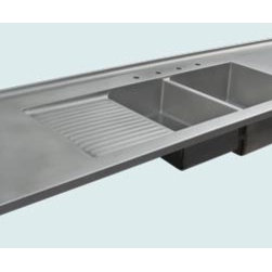 Stainless Top | Handcrafted Metal - Handcrafted Metal makes custom stainless countertops in a variety of styles. We can make them to perfectly accommodate your kitchen, no matter how complicated. With us you can fully customize the size and features according to your needs and your taste, and the price will be adjusted to your specifications.