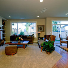Traditional Family Room by Murray Franklyn