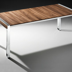 Epic Bacher - Dining table with fixed or enlargeable plate by folding insert. Plate and hinged safety glass insert Opti White backside lacquered oak or walnut. Feet high gloss chrome and metal parts. Aperture lacquer glossy as disk drive as matt lacquer, oak walnut.
