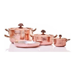 """Amoretti Brothers - Amoretti Brothers Copper Cookware set of 7 Flower - Amoretti Brothers Copper Cookware set of 7 Flower. Hand-forged. The set contains the following items: 1.3 Qt. Saucepan with lid 4.4 Qt. Saute pan with lid 5.7 Qt. Saucepan with lid 9"""" Frying pan with lid. 2mm copper. Tin lining. Gift wooded box included."""