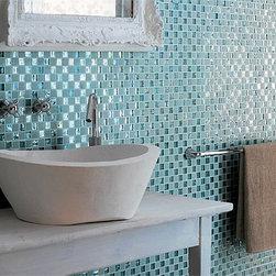 Installing Glass Tile: DIY Home Remodelling   Quakerrose -