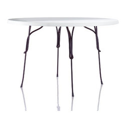 Magis - Magis | Vigna Outdoor 4-Leg Table - Design by Martino Gamper, 2011.