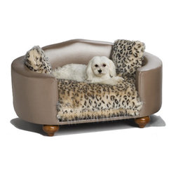 The Hollywood Bed - This is the perfect spot for your posh little pooch to snuggle in for an afternoon nap or settle down for the night. I love that it's like a mini couch just for your pup.