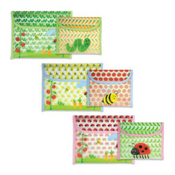 Green Sprouts - Green Sprouts Reusable Snack Bag , 2 Pack - Pack your child's lunch without worrying about BPA and the other toxins that can be present in plastic sandwich Bags. The Green Sprouts Reusable Snack Bag is perfect for sandwiches and finger foods like carrots, chips, grapes and cubes of cheese.