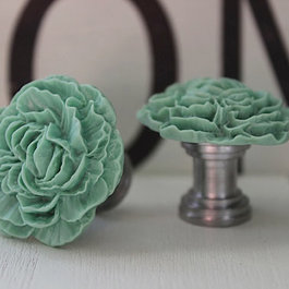 Cabinet & Drawer Knobs: Find Cabinet Knobs and Dresser Knobs Online